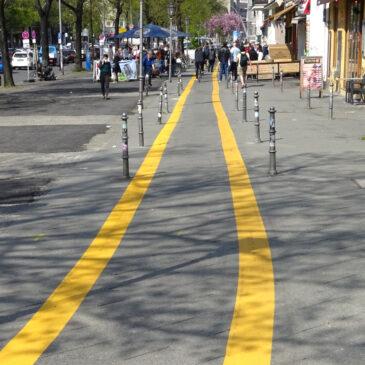 Gegen Insekten, Spatzen und Fußgänger